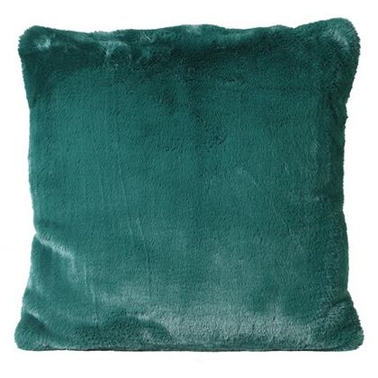This wonderfully soft green fur cushion is made of faux fur of the highest quality. Feather filling this really is a luxurious cushion. 45 x 45cm