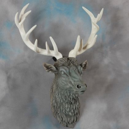 large stone effect stag head wall decor with antiqued cream antlers