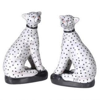 Meet Holly and Lucy, an exquisite pair of sitting leopard ornaments. Ceramic with a simple black and white design. Black base, shiny glaze. 17 x 10 x 6cm