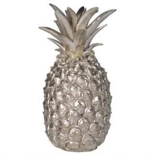This silver pineapple is life-size and is a perfect gift since its symbolises hospitality, well being and good health. Looks great in your own home too!