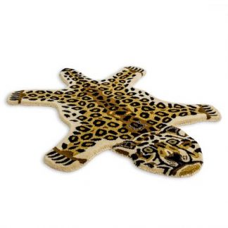 Add a colourful, exotic style with this superb hand tufted small leopard rug. With a dense luxurious pile this rug feels and looks superb. 60 x 90cm