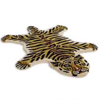 Add a colourful, exotic style with this superb hand tufted small tiger rug. With a dense luxurious pile, this rug feels and looks fantastic. 60 x 90cm