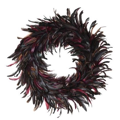This exquisite multicoloured feather wreath has such rich and supmtuous colours. Lightweight, easy to hang. Bring your Christmas up to date. 45cm diameter