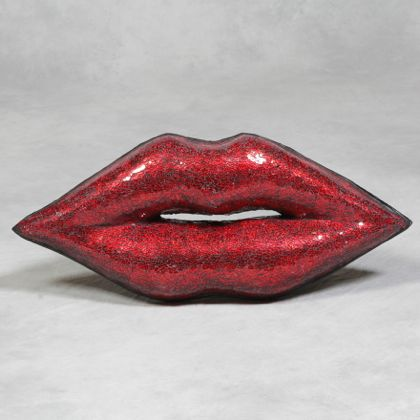These medium red mosaic lips are a fantastic decorative item for your home. easy to hang, looking fabulous…. give us a kiss! 35x83x12cm Perfect Valentines