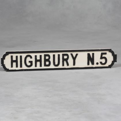 this wooden Highbury road sign is the perfect gift for any arsenal fan. It measures 15 x 82 x 2.5cm arsenal