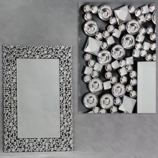 glitzy venetian mirror with border detail